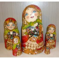 Acenath #Babushka #russiandoll #matryoshka #dollsindolls #decor #traditional