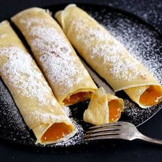 Palatschinken are soft and thick crepes from Austria. This is a traditional Austrian recipe for the easiest and best crepes I know of. You can fill these crepes sweet or savory. Brunch Recipes, Sweet Recipes, Breakfast Recipes, Dessert Recipes, Crepe Recipes, Yummy Recipes, Dinner Recipes, Austrian Recipes, Recipes