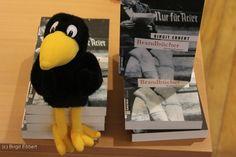 Corvo vor der Lesung deutlich entspannter als die Autorin