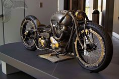 I want this now!!! Steampunk motorcycle