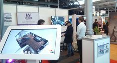 Visite d'un logement 3D virtuel sur la table tactile