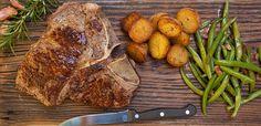 T-Bone Steak mit Speckbohnen und Bratkartoffeln Rezept