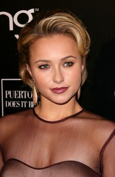 Hayden Panettieres sexy, short hairstyle | Your Hairstyle Solutions