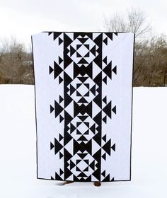Modern Aztec Quilt by PatternsPearls on Etsy 45x65