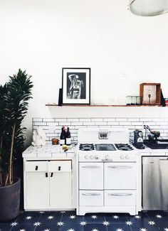 Love the stove. What's Hot Now: Kitchen Renovating & Redecorating Ideas   Apartment Therapy
