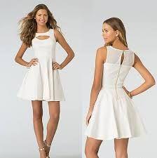lindo cuerpo con lindo vestido combinación perfecta