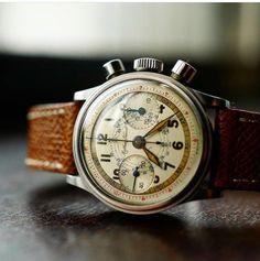 Elegant Watches, Beautiful Watches, Nigerian Men Fashion, Mens Fashion, Original Vintage, Mens Essentials, Everyday Objects, Retro, Vintage Watches