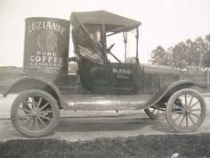 "Colbert Cook says, ""This image originally appeared about 4 years ago on ""Ain't There (dere) No More - New Orleans."" That reminds me, it's time for a coffee run. The image is from Thanks for sharing. Louisiana History, Louisiana Homes, New Orleans Louisiana, Vintage Trucks, Old Trucks, Old Photos, Vintage Photos, Nova Orleans, New Orleans History"
