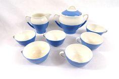 Service à café en Saint Amand modèle Languedoc vintage, bleu et blanc Languedoc, Blue Home Decor, Sugar Bowl, Saint, Bowl Set, Coffee Set, Vintage Crockery