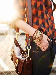 Love the bracelets and earthy tones