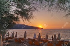http://www.123rf.com/photo_56210863_sunset-in-the-bay-of-procchio-elba-island-tuscany-italy.html