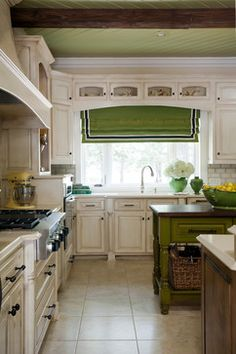 Southern Traditional - traditional - kitchen - little rock - Tobi Fairley Interior Design