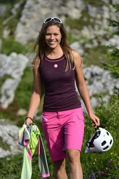 Fanfiluca Bikestyle Women's cycling apparel this stylish under jersey will make you look good and cools you down on the hottest day's