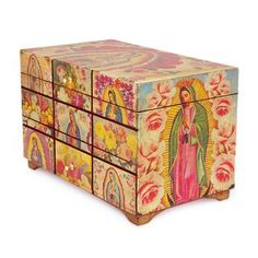 This handmade creation is offered in partnership with NOVICA, in association with National Geographic. Ana Maria Gonzalez recreates the famous portrait of the Virgin of Guadalupe in a decoupage box fe Decorative Accessories, Decorative Boxes, Famous Portraits, Popular Crafts, Decoupage Box, Pintura Country, Hand Painted Furniture, Our Lady, Virgen De Guadalupe