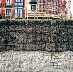 wall #pared #bilbao #malla #muro #acero