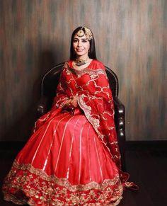 Indian Bridal Outfits, Indian Bridal Fashion, Bridal Dresses, Simple Pakistani Dresses, Indian Dresses, Velvet Dress Designs, Embroidery Suits Design, Embroidery Dress, Designer Party Wear Dresses