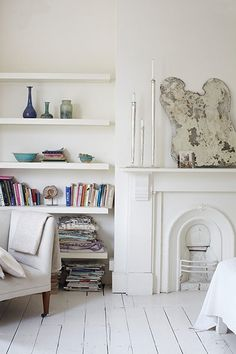 Floating shelves to give space Design ideas: Josephine Ryan living room