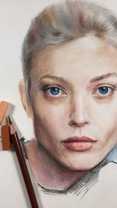 Art Drawings Sketches Simple, Realistic Pencil Drawings, Portrait Sketches, Pencil Art Drawings, Portrait Art, Eye Drawings, Colored Pencil Portrait, Color Pencil Art, Girl Face Drawing