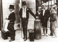 A photo illustrating the class divide of pre-war Britain, 1937