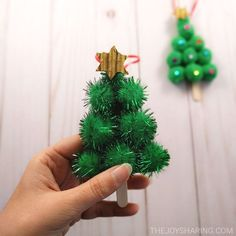 quick and easy Christmas activities for kids. Simple Christmas arts and crafts ideas for kids of all ages. DIY Christmas decorations and handmade Christmas gifts ideas for kids. Christmas Crafts For Toddlers, Christmas Crafts For Kids, Diy Christmas Ornaments, Simple Christmas, Kids Christmas, Holiday Crafts, Kids Crafts, Christmas Decorations, Easy Arts And Crafts