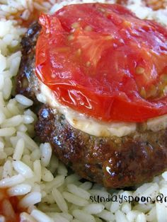 it's a fun food world! Cookbook Recipes, Meat Recipes, Real Food Recipes, Cooking Recipes, Healthy Recipes, Minced Meat Recipe, Salad Dishes, Greek Cooking, Everyday Food