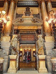 Opera De Paris.