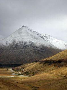 Wonderful Scottish Highlands http://www.travelandtransitions.com/european-travel/