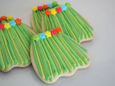 Grass Hula Skirt Sugar Cookies using Wedding Dress Cookie Cutter - Great favors for a luau party!