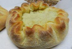Questo tortino tipico dell'Ogliastra conserva tutto il gusto fresco della menta nel ripieno morbido di patate