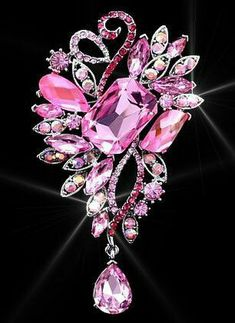 Pretty and shiny Pink Jewelry, Rhinestone Jewelry, Vintage Rhinestone, Vintage Brooches, Pretty In Pink, Pink Love, Hot Pink, I Believe In Pink, Vintage Costume Jewelry