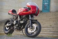 Red Max's Ducati 900ss
