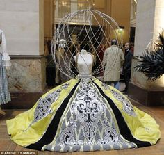 Vestido Avant Garde # Folies Bergère