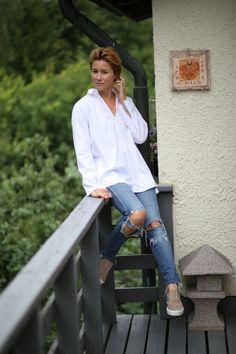 Cecilia Blankens in a pair of Snap #drdenim #drdenimjeans