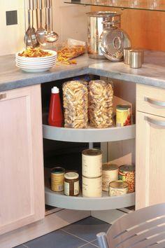 Armoire de rangement avec 4 tiroirs l anglaise for Ranger les placards de cuisine