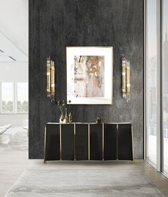 This entryway decor perfectly captures the idea of elegance.