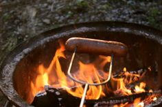Camping recipes are excellent method to have delicious and healthy meals while camping. Many camping and outdoors sites have camping dish ideas and likewise have areas where you can share your preferred camping dish with other campers. Camping Dishes, Camping Meals, Camping Hacks, Camping Recipes, Camping Kitchen, Camping Cooking, Simply Supper, Italian Chicken Sausage, Dutch Oven Camping
