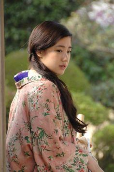 蒼井優 (Yu Aoi)