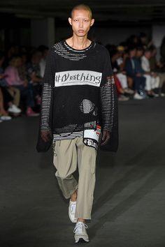 Miharayasuhiro London Fashion Week Men's Spring Summer 2018 - Sagaboi - Look 3