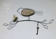 Oiseau branche fil de fer N°10