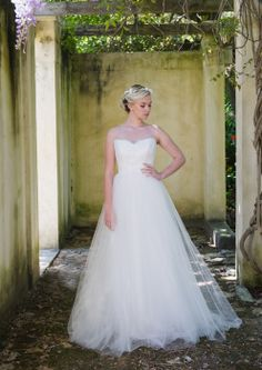 Robyn Roberts Studio offers a unique experience to brides looking for the perfect wedding gown. If you are looking for a dress ready to wear, a custom design or Tulle Dress, Lace Dress, Lace Bodice, Perfect Wedding, One Shoulder Wedding Dress, Wedding Gowns, Ready To Wear, Bride, Studio
