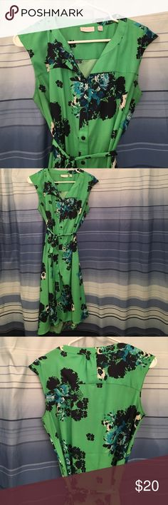 Green flowered dress - New York and Company Green flowered dress - New York and Company New York & Company Dresses