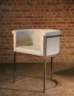 Club stoel art deco stijl, afgewerkt met koperen look - Copper look art deco style club chait -  #WoonTheater