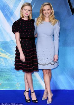 Ava Phillippe Debuts a Chic Bob at London's A Wrinkle in Time Premiere - Celebs - Sweet A Wrinkle In Time, Reese Witherspoon Style, Reese Witherspoon Husband, Lunch Date Outfit, Ava Phillippe, Shorts Longs, Seductive Women, Glamour, Dress Outfits
