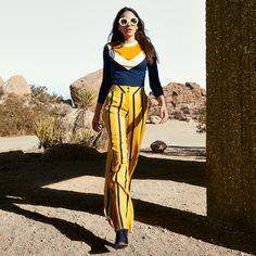 Logra un estilo #chic con estos pantalones de rayas verticales y de cintura alta. ¡Inspirate! 😉 #StudioF #EspirituDeportivo⠀ Striped Pants, That Look, Studio, Outfits, Book, Fashion, Vestidos, High Waist, Outfit