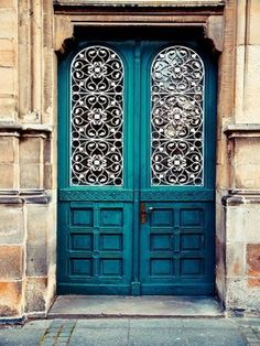 Found on Pinterest--gorgeous double door color