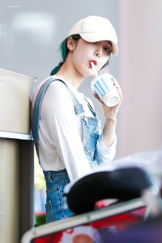 ❤ GFriend SinB in Incheon Airport heading to Malaysia