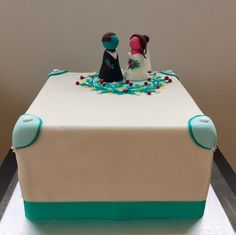 Container, Cake, Desserts, Food, Wedding Pie Table, Pies, Pie Cake, Meal, Cakes