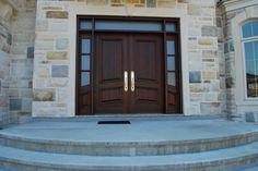 Wooden entry door - Portes d'entrée en bois - Portes Bourassa