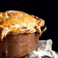Beef and Guinness Pie Recipe...my two fav ingredients :D