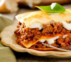 Cette lasagne traditionnelle vous offre un plat nourrissant, délicieux et réconfortant à souhait!